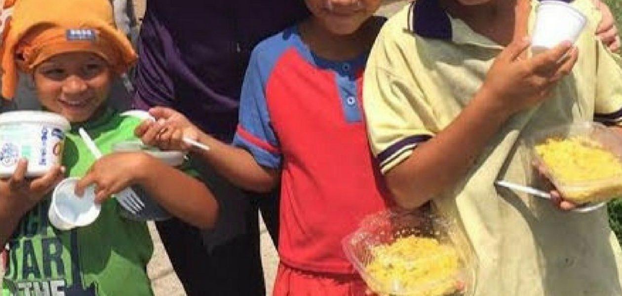 Venezolanos en situación de calle recibieron un plato de comida