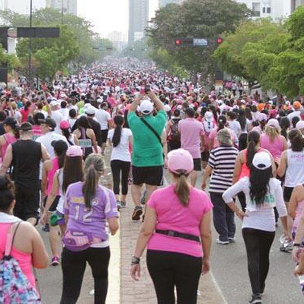 Caminata Famac Amigos de la mujer con cáncer de mama