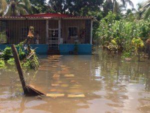 Crecida del río afecta a más de 30 familias en Ciudad Bolívar