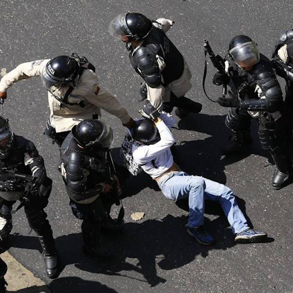 Crímenes de lesa humanidad en Venezuela podrían ser investigados