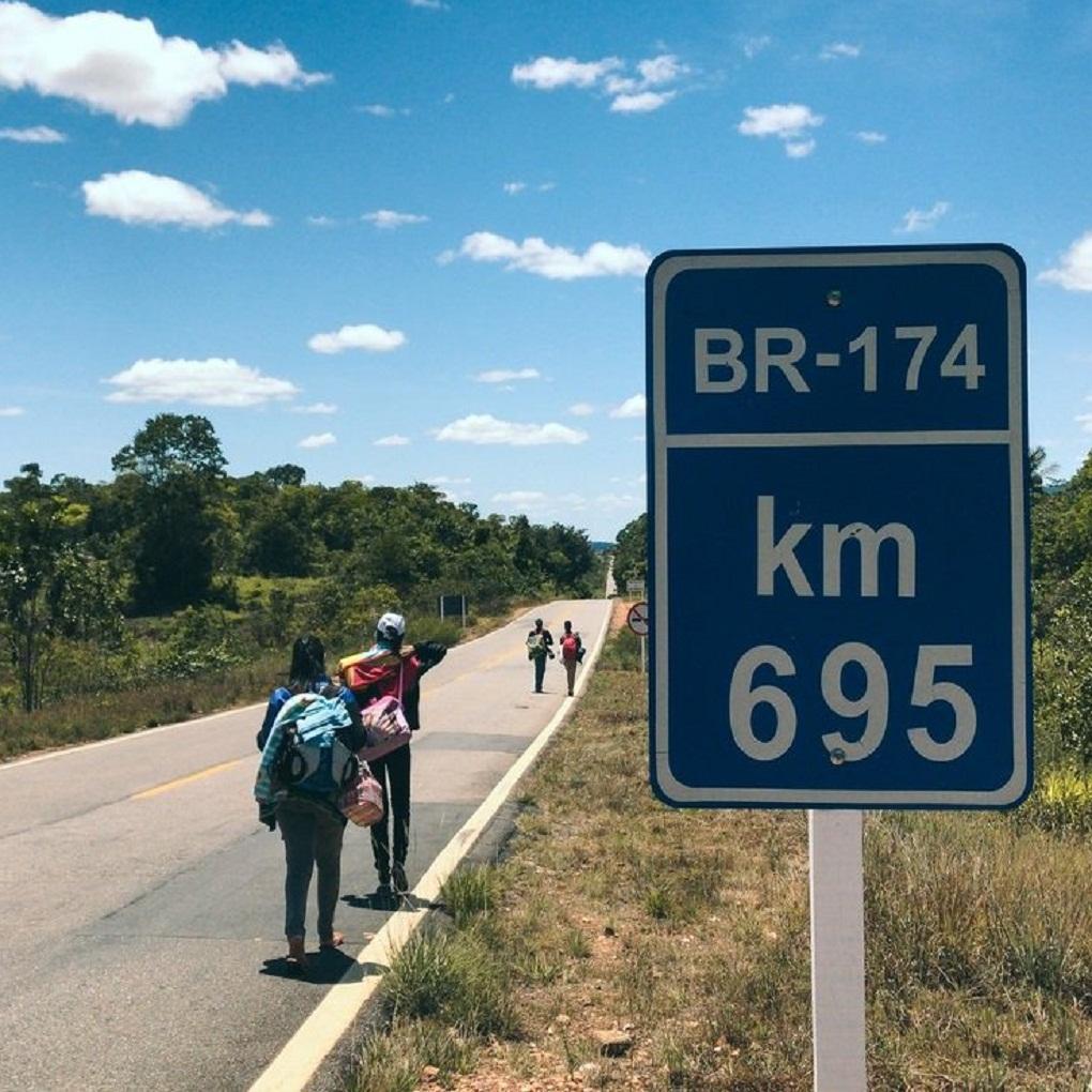 La desesperación del éxodo de venezolanos que viajan por tierra