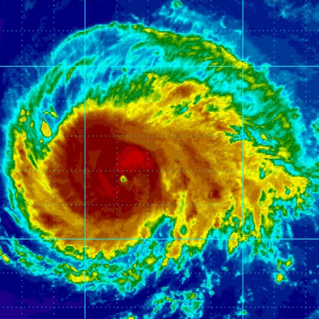 Huracán Irma se convierte en categoría 5 en el Caribe