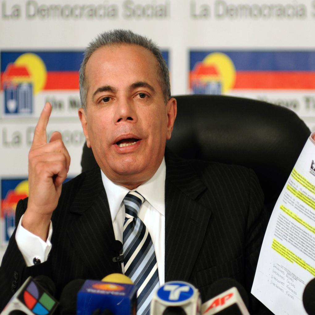 Inhabilitación de Manuel Rosales fue suspendida por el TSJ