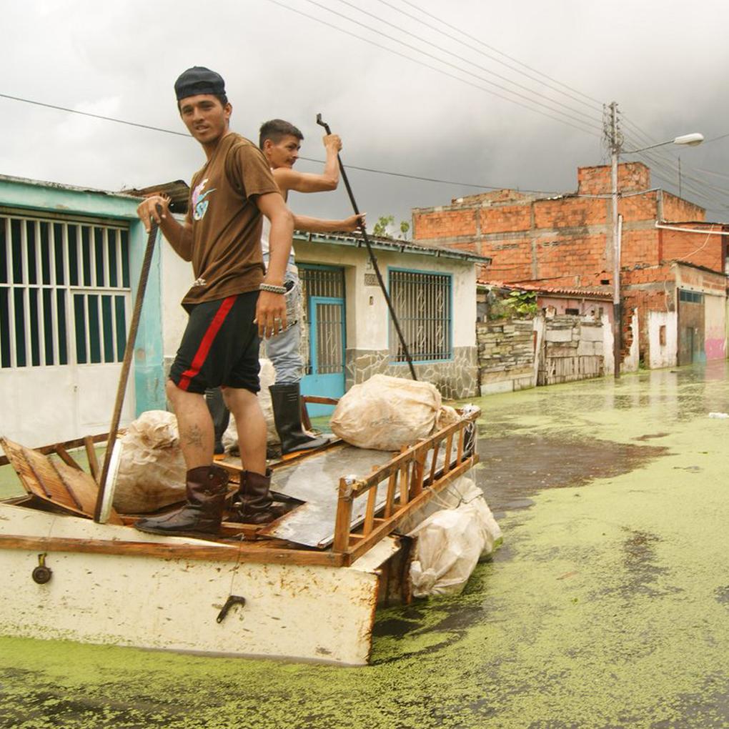 Inundaciones Lago de Valencia situación muro de contención