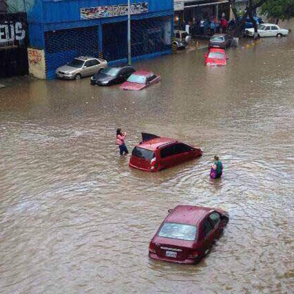 Lluvias en Caracas causaron inundaciones en Libertador