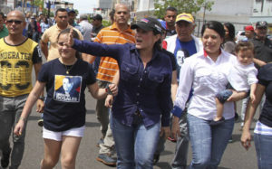 Cadena humana por libertad de Manuel Rosales