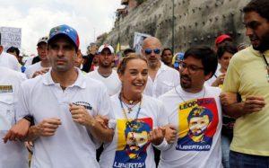 Marcha opositora del 22 de abril en Caracas llegó a su destino