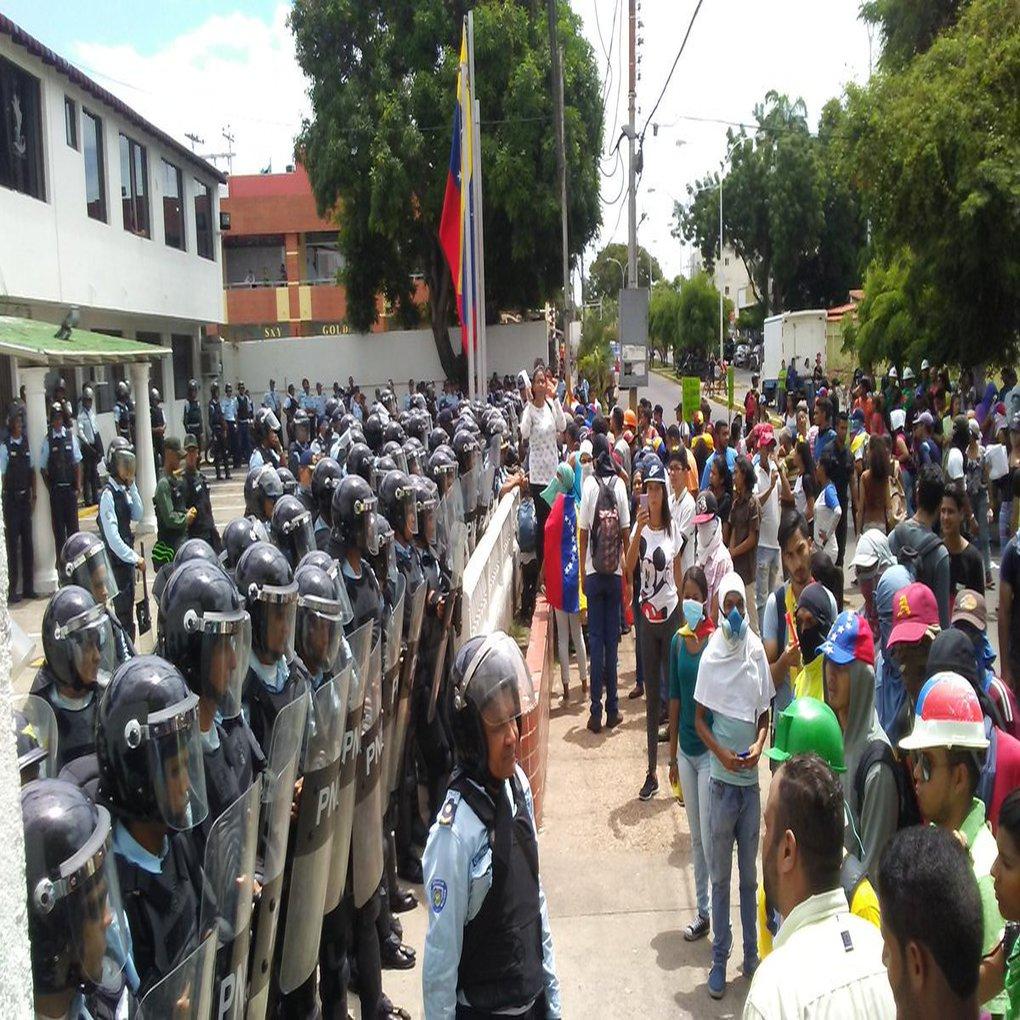 Nueva represión en Ciudad Bolívar después de marcha pacífica