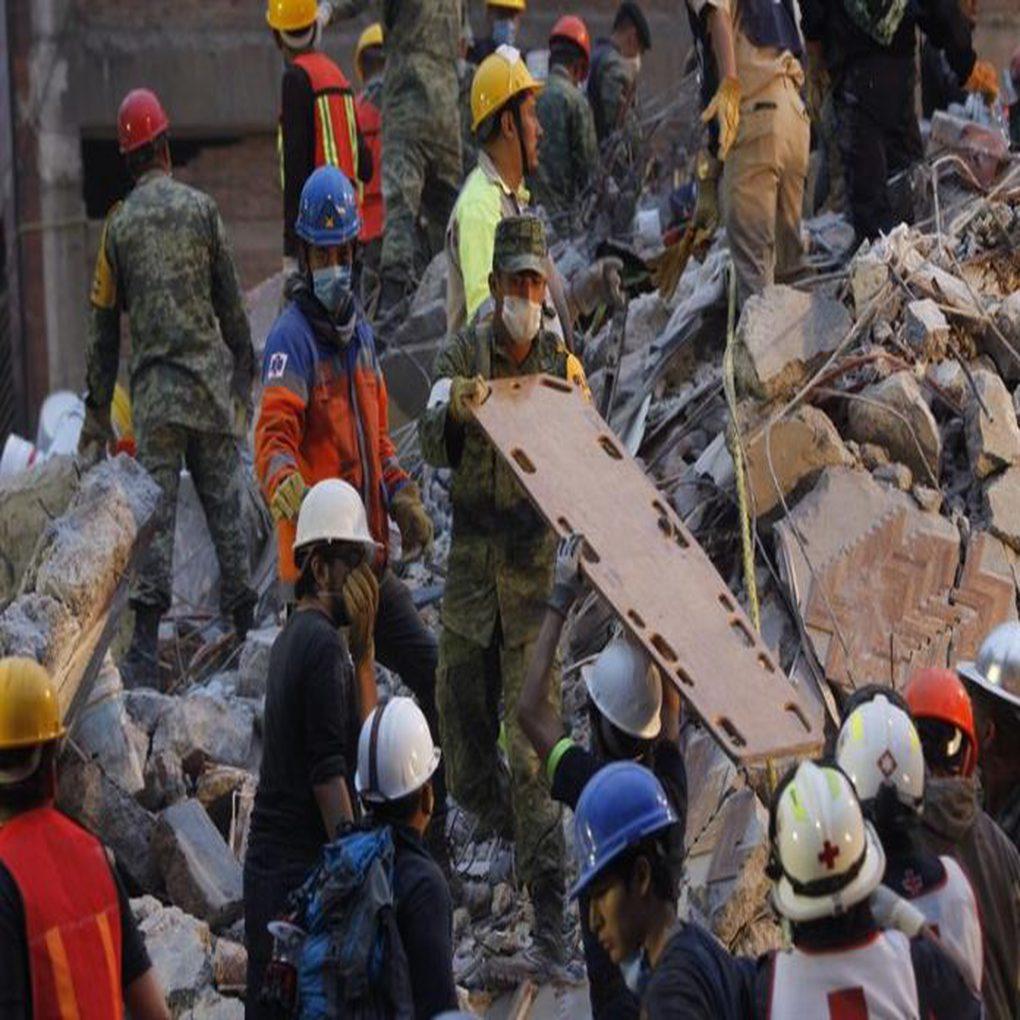 Venezolanos en México ayudan tras dramática experiencia en temblor