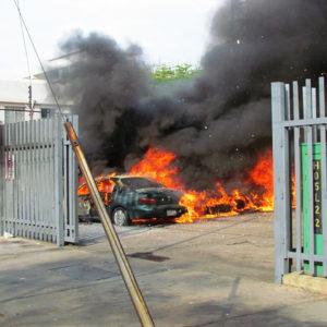 Atacan sede del diario Version Final en Maracaibo con granada
