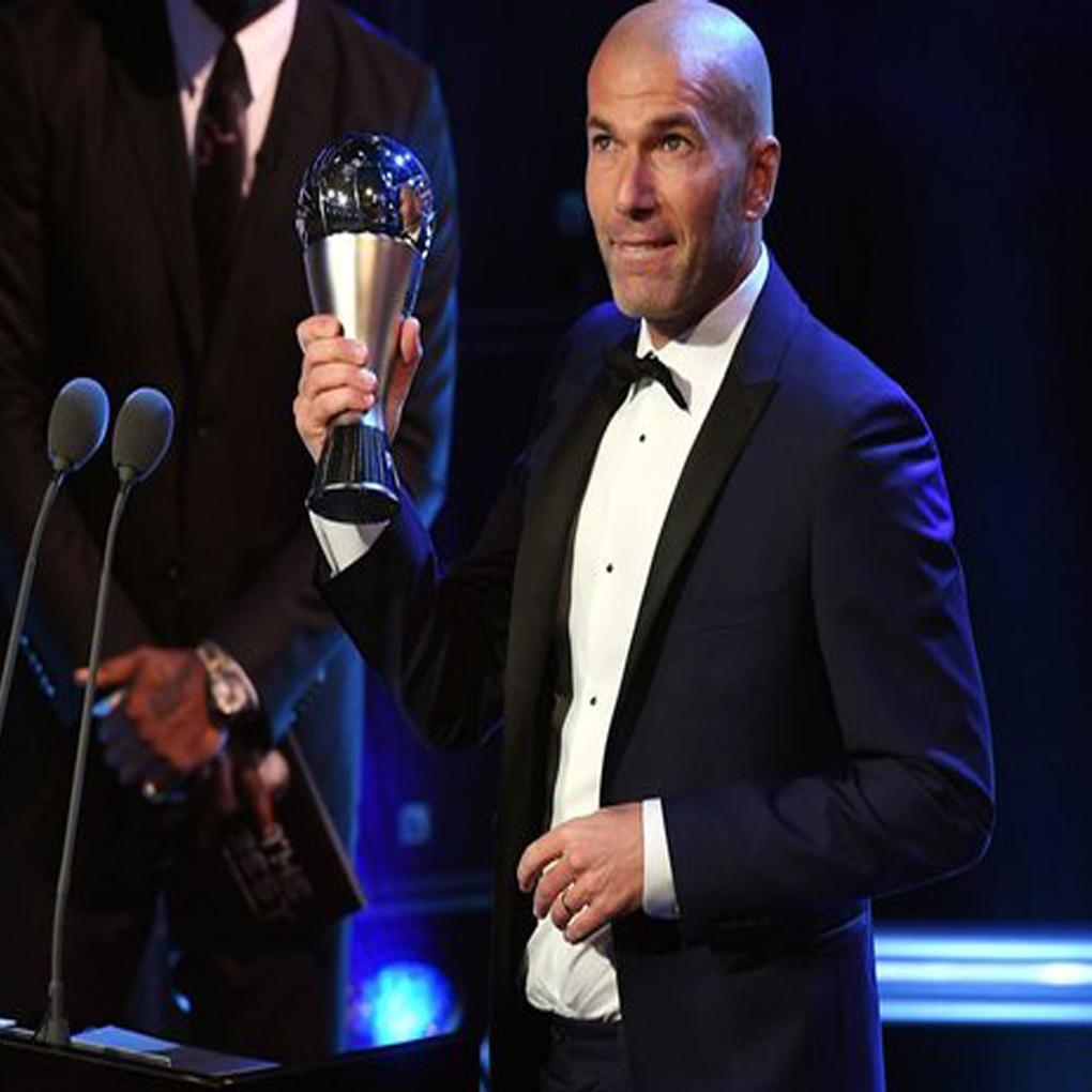 """Zinedine Zidane nombrado entrenador del año en premios """"The Best"""""""